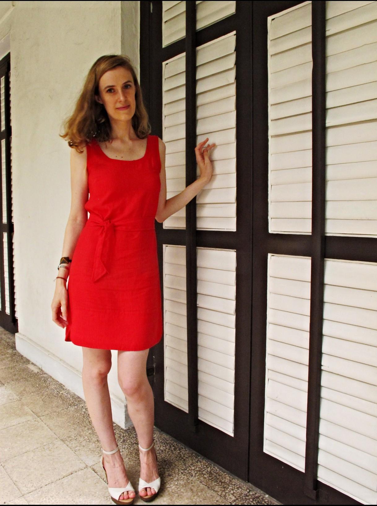la petite robe rouge robes populaires mod les 2018. Black Bedroom Furniture Sets. Home Design Ideas