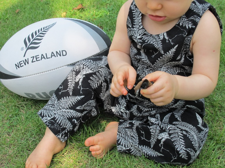 RWC ALL BLACKS OUTFIT2